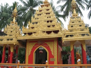 缅佛寺 Dhammikarama Burmese Temple