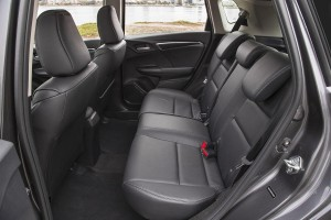 2015-honda-fit-back-interior-1500x1000