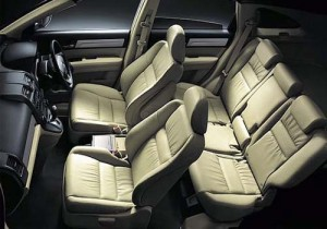 Honda-CR-V-Spacious-Luxurious-Interiors