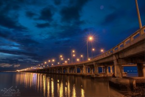 sunrise_of_penang_bridge_by_fighteden-d5hxzv7